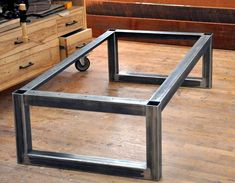 Welded Furniture, Industrial Design Furniture, Iron Furniture, Industrial Table, Steel Furniture, Woodworking Furniture, Furniture Plans, Furniture Design, Welded Metal Projects