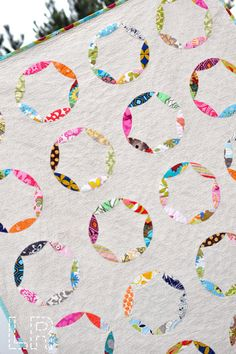 Sewing Circle quilt by Lindsey Rhodes