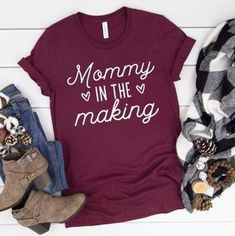 Fantastic Pregnancy information are offered on our internet site. look at this and you wont be sorry you did. Third Baby, First Baby, Pregnancy Announcement Shirt, Cute Pregnancy Shirts, Maternity Shirts, Funny Pregnancy, Pregnancy Style, Pregnancy Information, Making Shirts