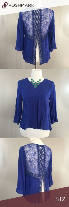 Blue 3/4 Sleeve Top with Lace Back Cut-out Super light and airy. Great to wear with a bralette or tank top underneath. Super flowy and lightweight. Make an offer or bundle and save! Tops Tees - Long Sleeve