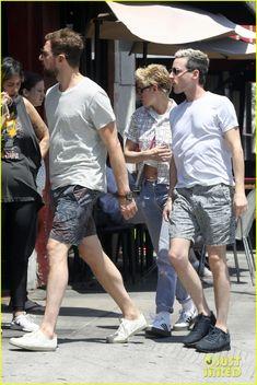 Kristen Stewart Grabs Lunch With Friends in Los Feliz!