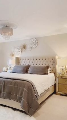 If coming up with master bedroom decorating ideas can be fun, implementing them is where you may run into a few snags