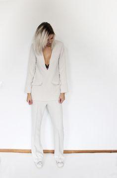 http://connectedtofashion.creatorsofdesire.com/cream-suit/