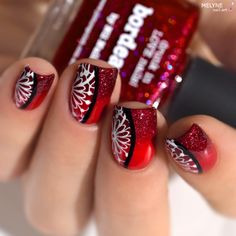 nail art degrade rouge et stamping avec Bordeau et Saucy by @picturepolish + video tutorial