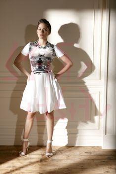 Marion Cotillard & Godnamo :: white inside