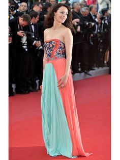 Cannes Film Festival Fashion 2012 - Best Dressed at Cannes 2012 - Marie Claire -  Berenice Bejo in custom Prada gown