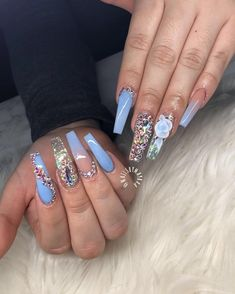 53 ideas fails design coffin bling beautiful for 2019 Glam Nails, Bling Nails, Stiletto Nails, Red Nails, Coffin Nails, Cute Nails, Pretty Nails, Hair And Nails, Gorgeous Nails