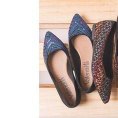 Sapatilhas de bico fino do look office ao happy hour!   #ValentinaFlats #shoes #fashion #loveit #loveshoes #shoeslover #flat #sapatilha #love #shoelovers #nice #style