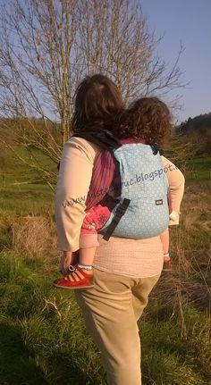 3 ans, 96 cm, 14 kgs, le Kibi lui va toujours comme un gant. Babycarrier Babywearing préformé Full buckle