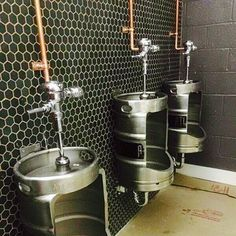 By the time I open my own bar these keg urinals will be old news Pub Design, Brewery Design, Sport Bar Design, Brewery Decor, Pub Decor, Restaurant Bad, Restaurant Bathroom, Toilet Restaurant, Bar Deco