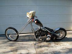 sugar bear springer front end, it´s lot style Harley Davidson Panhead, Classic Harley Davidson, Chopper Motorcycle, Bobber Chopper, Custom Choppers, Custom Motorcycles, Motorcycle Humor, Old School Chopper, Sugar Bears