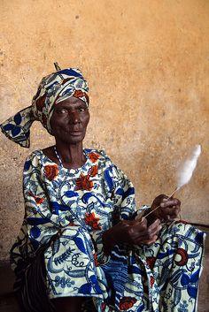 Cotton Spinner . Benin