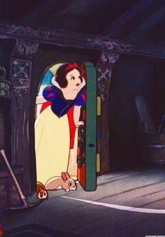 Snow White Walt Disney, Disney Magic, Disney Art, Disney Movies, Disney Characters, Disney Princesses, Images Disney, Disney Pictures, Animation Film