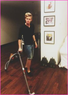 Alli Simpson Snaps A Photo Of Cody Simpson Vacuuming The House