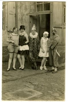 A day at the circus Undated