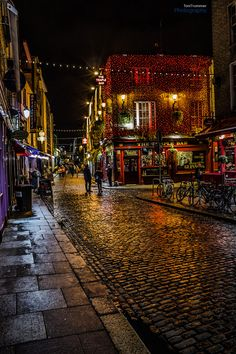 Temple Bar, Dublin, Ireland --
