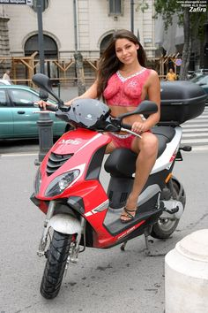 Foxy-zafira - Erotic model, from Budapest, Hungary- Budapest in 2007 Moped Scooter, Vespa Scooters, Vespa Girl, Boujee Outfits, Motorbike Girl, Hot Bikes, Pin Up, Biker Girl, Hottest Models