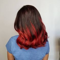 20 Remarkable Dark Ombre Hair Color Ideas for 2019 Dark Ombre Hair, Brown To Blonde Ombre, Brunette Ombre, Ombre Hair Color, Brunette Hair, Dark Hair, Red Hair Ends, Really Curly Hair, Dyed Hair Pastel