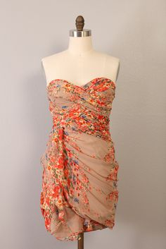 aww love this! anyone having a summer outdoor wedding so I can wear this?