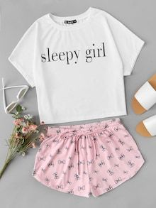 Shop Graphic Tank Top And Shorts PJ Set online. SheIn offers Graphic Tank Top And Shorts PJ Set & more to fit your fashionable needs. Cute Pajama Sets, Cute Pajamas, Pj Sets, Cute Lazy Outfits, Trendy Outfits, Girl Outfits, Fashion Outfits, Fast Fashion, Jeans Fashion