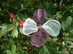 Martinuska / dvojfarebná romantická Plants, Handmade, Hand Made, Plant, Planets, Handarbeit