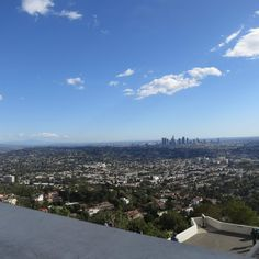 The DTLA skyline view as seen from Griffith Observatory. Hikes In Los Angeles, Griffith Observatory, Griffith Park, List Of Activities, Good Dates, Los Angeles California, Hiking Gear, Airplane View, Stuff To Do