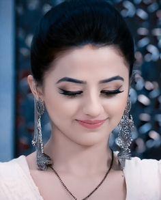 New Bridal Hairstyle, New Dp, Hira Mani, Girlz Dpz, Helly Shah, Radha Krishna Love Quotes, Bridal Poses, Cute Baby Dolls, Bridal Dress Design