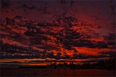 """matt-molloy: """"Another lovely sunset shot from my backyard. """""""