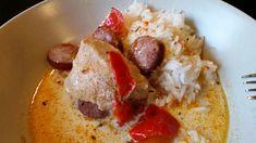 En god kreolsk gryta kan man äta närsomhelst. En tisdag, till fest eller som matlåda. Den håller sig väldigt god länge. Jag brukar äta med ris först och sen med pasta för av variera mig. Jag strunt…