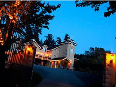 DeLille Cellars Redmond Weddings Seattle Wedding Venues 98052