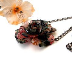 Flower Power Pendant Necklace