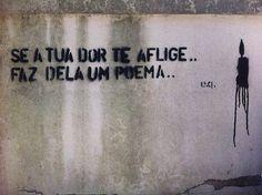 os poemas traduzem as dores de uma forma florida...