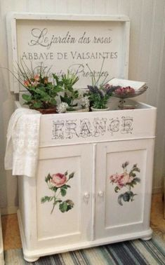 HIMLARUM - muebles, elegancia lamentable