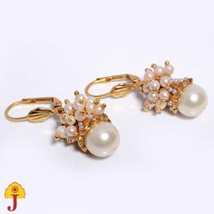 A small piece of must have jhumki and nothing can beat the look of it.