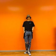 pictame webstagram Orange color makes me remember you look like a carrot😂😂 Girls Girls Girls, Got7 Mark, Mark Tuan, God 7, Love Milo, Blonde Bob Cuts, Curly Blonde, You Look Like, Korean Outfits