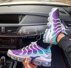 Details about Women's Nike Air Vapormax Plus Running shoes - Sneakers Nike Air Shoes, Nike Air Vapormax, Cute Sneakers, Sneakers Nike, Yeezy Sneakers, Nike Trainers, Most Popular Nike Shoes, Shoes 2018, Hype Shoes