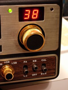 Close-up of right-side w/channel selector and AM/USB/LSB switch. Right Side, Ham Radio, Digital Alarm Clock, Close Up, Channel, Usb, Nice, Nice France