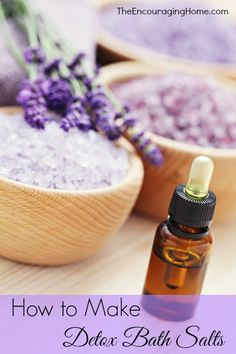 How to Make Detox Bath Salts - Vibrant Thymes Essential Oils Homemade Skin Care, Homemade Beauty Products, Natural Cleaning Products, Thyme Essential Oil, Sugar Scrub Diy, Home Made Soap, Young Living Essential Oils, Bath Salts, Natural Oils