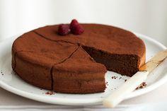 Tarta de chocolate sin harina  ( http://lostincupcakes.wordpress.com )