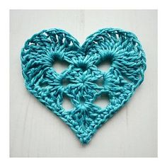 Transcendent Crochet a Solid Granny Square Ideas. Inconceivable Crochet a Solid Granny Square Ideas. Crochet Motifs, Granny Square Crochet Pattern, Crochet Flower Patterns, Crochet Squares, Crochet Granny, Crochet Flowers, Granny Squares, Free Crochet Heart Patterns, Crochet Appliques