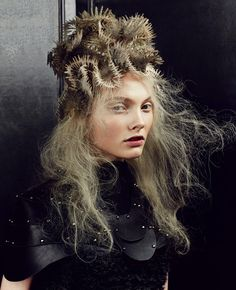 Chie Sato won the coveted British Hairdressing Awards 2011 Avant Garde Hairstylist of the Year. She was a finalist in 2013 and won again in 2014. Here's a pic from her 2014 win. #HotOnBeauty www.fb.com/hotbeautymagazine