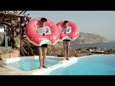 ▶ We are Enfant Terrible - La Femme aux Faux Cils (videoclip) - YouTube Modern Love, We, Outdoor Decor, Music, Youtube, Projects, Fake Eyelashes, Woman, Ears