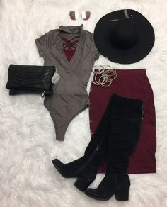 Faux Suede Choker Bodysuit from privityboutique Cool Summer Outfits, Girly Outfits, Fall Outfits, Casual Outfits, Cute Outfits, Beautiful Outfits, Fashion Pants, Look Fashion, Autumn Fashion