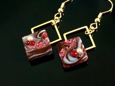 ハンドメイドマーケット+minne(ミンネ)|+秋の新作+煌めきショコラのタイルピアス+(フレーズ)+スクエア+マーブル+チョコレート