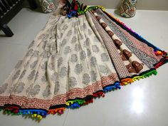 New mul cotton pom pom sarees with blouse piece