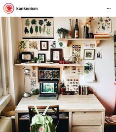 Small home office space Small home office space - You can find Small home offices and more on our website.Small home office space Small home office space - Home Office Design, Home Office Decor, Home Decor, Office Ideas, Library Design, Cool Office Space, Small Office, Desk Space, Office Spaces