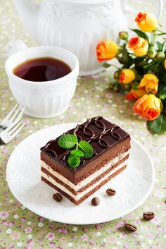 Chocolate and coffee cake. Recipe translated from Russian but perhaps look for in English; Mini Desserts, Cafe Rico, Good Morning Coffee, Bon Weekend, Coffee And Books, Chocolate Coffee, Coffee Cafe, Afternoon Tea, Yummy Food