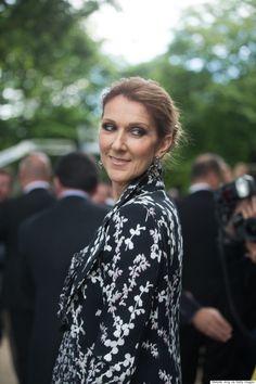 Céline Dion ne ménage pas ses émotions au premier rang des défilés à Paris
