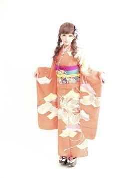 ダリヘアデザイン 成人式レンタルお着物 アンティークオレンジ鳥のお着物の画像 | ダリヘアデザイン 高島の靭公園から徒然と