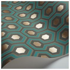 This eye-catching Hicks Hexagon Wallpaper by designer Cole & Son is from their Contemporary Restyled & New Contemporary Collection. This classic geometric hexagon design wallpaper is available in six dramatic colour-ways. Teal And Gold Wallpaper, Hexagon Wallpaper, Art Deco Wallpaper, Cole And Son Wallpaper, Modern Wallpaper, Geometric Wallpaper, Original Wallpaper, Wallpaper Roll, Designer Wallpaper